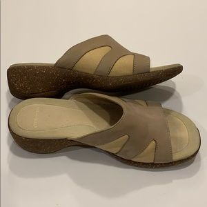 Merrell slides ladies size 8